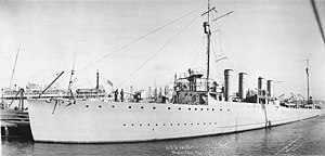 USS Walker (DD-163) at Boston, Massachusetts (USA), on 1 February 1919 (NH 99161).jpg