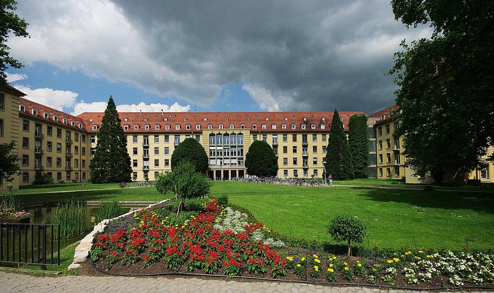 UniKlinik (Freiburg) 4
