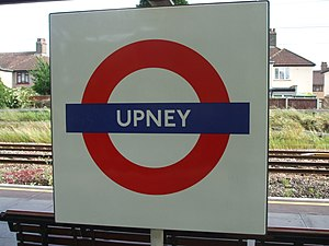 Upney tube station - Image: Upney station roundel