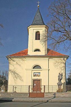 Veltruby - kostel Nanebevzetí Panny Marie.jpg