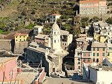 Vista complessiva della parrocchiale di Santa Margherita