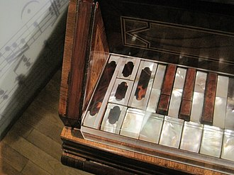 "Short octave - The Viennese bass octave, as seen in a small single-manual harpsichord kept in the music collection of the Czech National Museum in Prague.  The museum describes it as ""anonymous, South Bohemia or Austria, ca. 1700"""