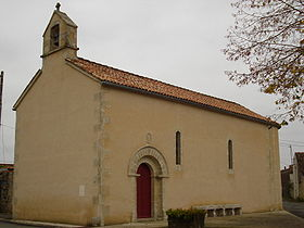 L'église au centre du village.