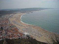 Vista da praia da Nazaré.jpg