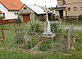 Vlachovice (okres Žďár nad Sázavou) - kříž u čp. 9.jpg
