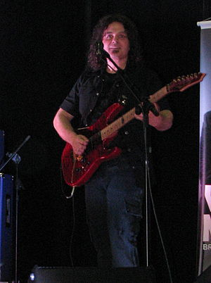 Vinnie Moore - Vinnie Moore playing in Brusque, Santa Catarina, Brazil, in 2010