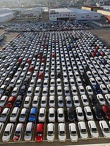 3a4ffaae62893 Vehículos en la terminal Ro-Ro de Bouzas.