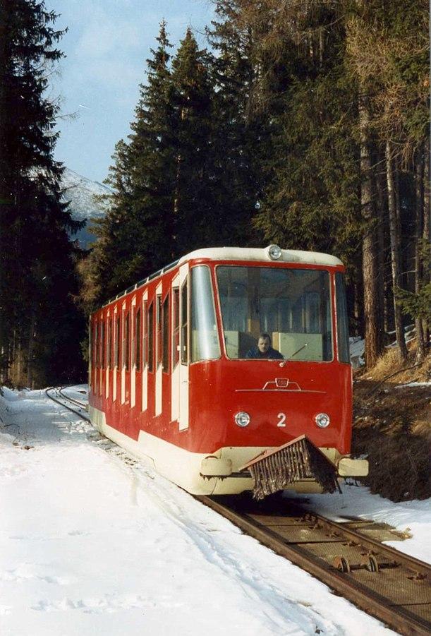 Vysoké Tatry, Starý Smokovec, lanovka na Hrebienok, rok 1993 (01).jpg