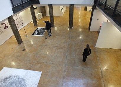 איך מגיעים באמצעות תחבורה ציבורית  להאקדמיה לעיצוב ולחינוך ויצו חיפה? - מידע על המקום