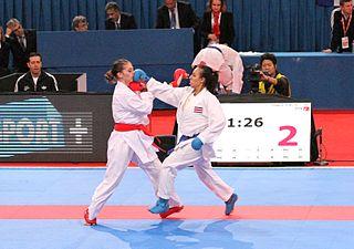 Gyaku-zuki Karate and aikido technique