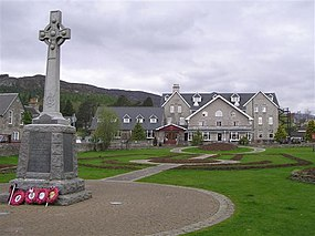 War memorial, Kingussie - geograph.org.uk - 1287255.jpg