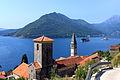 Widok na Perast i Zatokę Kotorską.jpg