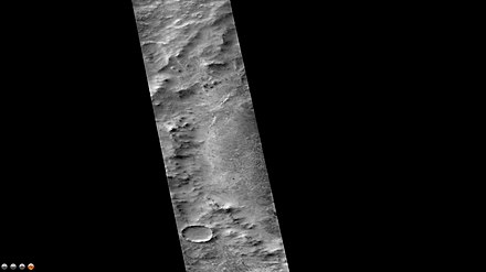Campbell Crater, as seen by CTX camera (on Mars Reconnaissance Orbiter). Wikicampbell.jpg