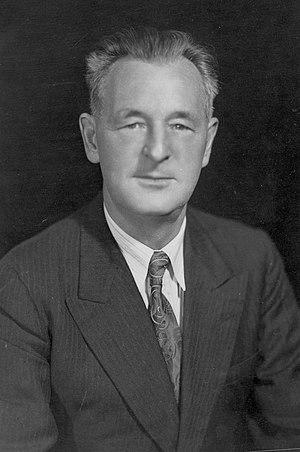 William Irvine (Canadian politician) - William Irvine