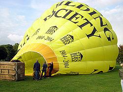 Воздухоплавание Википедия Наполнение монгольфьера горячим воздухом