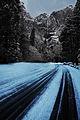 Yosemite Road (8183639273).jpg