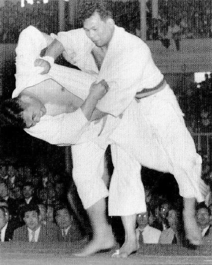 Yoshimatsu vs. Daigo in 1951