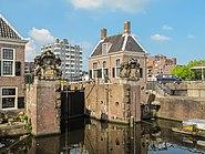 Zaandam, sluis foto3 2011-04-17 16.05