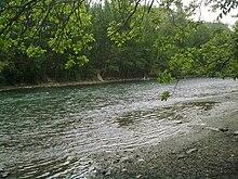 https://upload.wikimedia.org/wikipedia/commons/thumb/4/40/Zayandeh_Rud_-_Horeh.jpg/220px-Zayandeh_Rud_-_Horeh.jpg