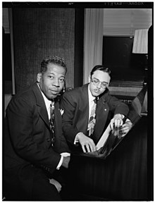 (Portrait of Bernie Benjamin and George (George David) Weiss, New York, N.Y., ca. Apr. 1947) (LOC) (5189341187).jpg