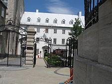 Université laval wikipedia