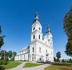 Žemaičių Kalvarija Church 2, Lithuania - Diliff.jpg