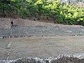 Αρχαίο στάδιο Δελφών 1.jpg