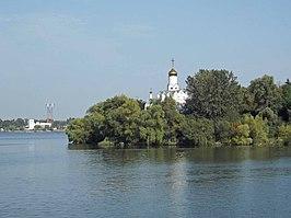 Монастирський острів