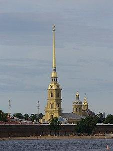 Петропавловская крепость - вид со стрелки В.О..jpg