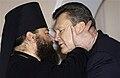 Піп і Янукович.jpg