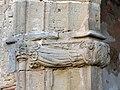 061 Sant Jeroni de la Murtra, capella de la Claraesperança, mènsula amb àngels.JPG