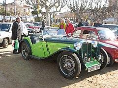 080 Exposició de cotxes clàssics a la plaça de la Vila (Sant Antoni de Vilamajor).jpg