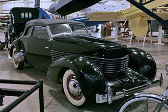 Cord 810/812 - 1936 Cord 810 Phaeton