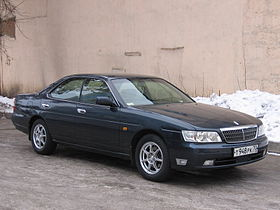 2000 Nissan Laurel 01.jpg
