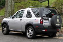 https://upload.wikimedia.org/wikipedia/commons/thumb/4/41/2002-2003_Land_Rover_Freelander_two-door_--_01-01-2012_rear.jpg/220px-2002-2003_Land_Rover_Freelander_two-door_--_01-01-2012_rear.jpg