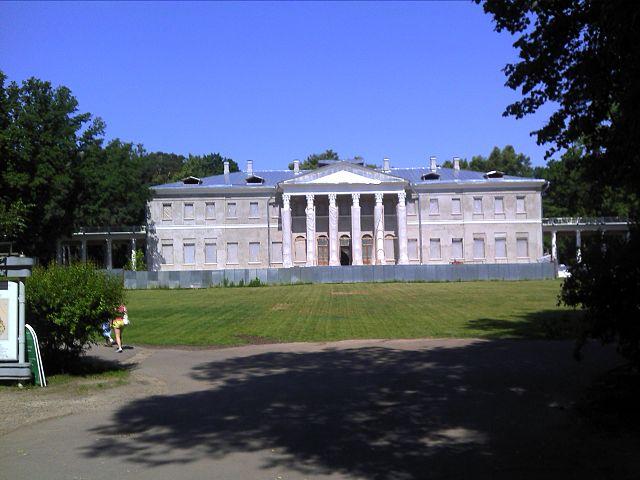 Музей-усадьба «Остафьево» во время реконструкции 2011 года