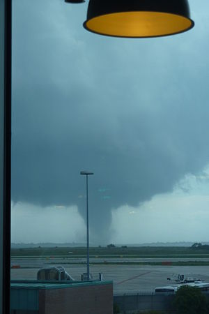 TORRO scale - Image: 2012 06 12 tornade Venise 1