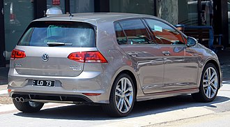 Volkswagen Golf Mk7 - Volkswagen Golf R-Line 5-door hatchback (pre-facelift)