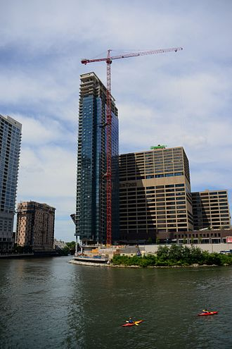 Wolf Point South Tower - West Tower under construction