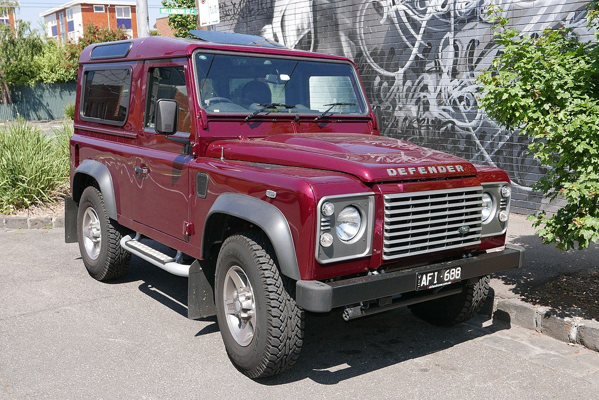Used Military Vehicles >> Land Rover Defender - Wikipedia