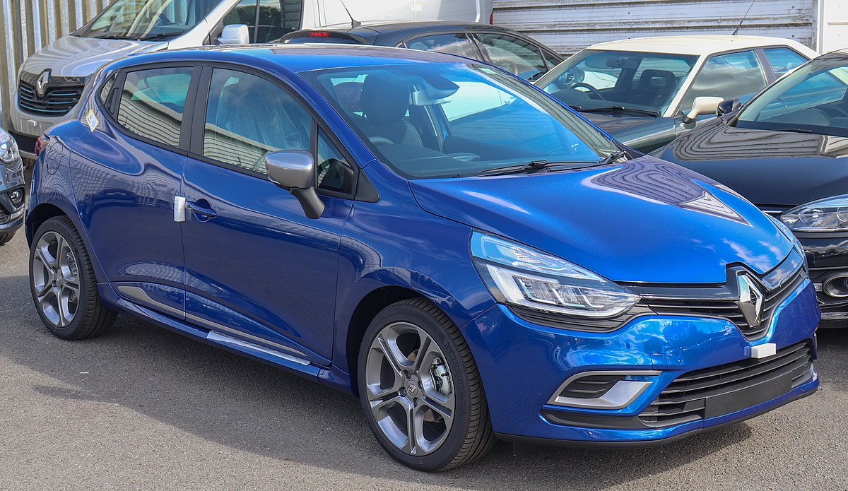 File:2018 Renault Clio GT-Line Front.jpg