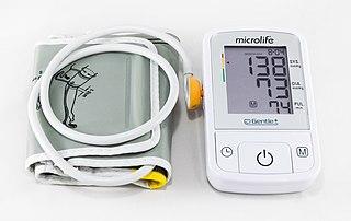 Sphygmomanometer instrument for measuring blood pressure