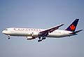25ab - Air Canada Boeing 767-333ER; C-FMWV@ZRH;17.05.1998 (5445379708).jpg