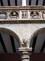 361 Col·legi de Sant Jaume i Sant Maties (Tortosa), retrats de Peronella i Alfons el Cast.jpg