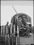 4.5 inch AA gun Kent 1941.jpg