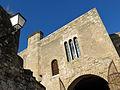 516 Castell de la Suda (Tortosa), trífora sobre el portal d'entrada i fanal.JPG