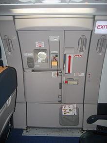 la porte r3 no 3 droite de la321 supplmentaire et essentiellement rserve lvacuation open en rouge en cas de ncessit elle est capable de