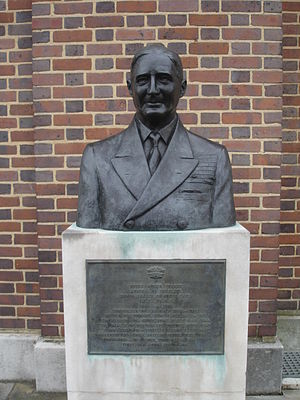Bruce Fraser, 1st Baron Fraser of North Cape - Bust of Admiral Fraser in Portsmouth Dockyard