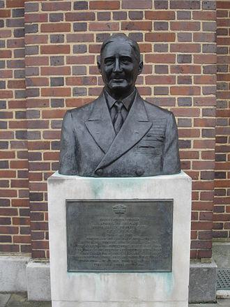 Bruce Fraser, 1st Baron Fraser of North Cape - Bust of Admiral Fraser in Portsmouth Dockyard