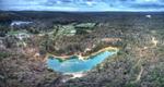 Aerial panorama of Blue Waters lake in Creswick.png